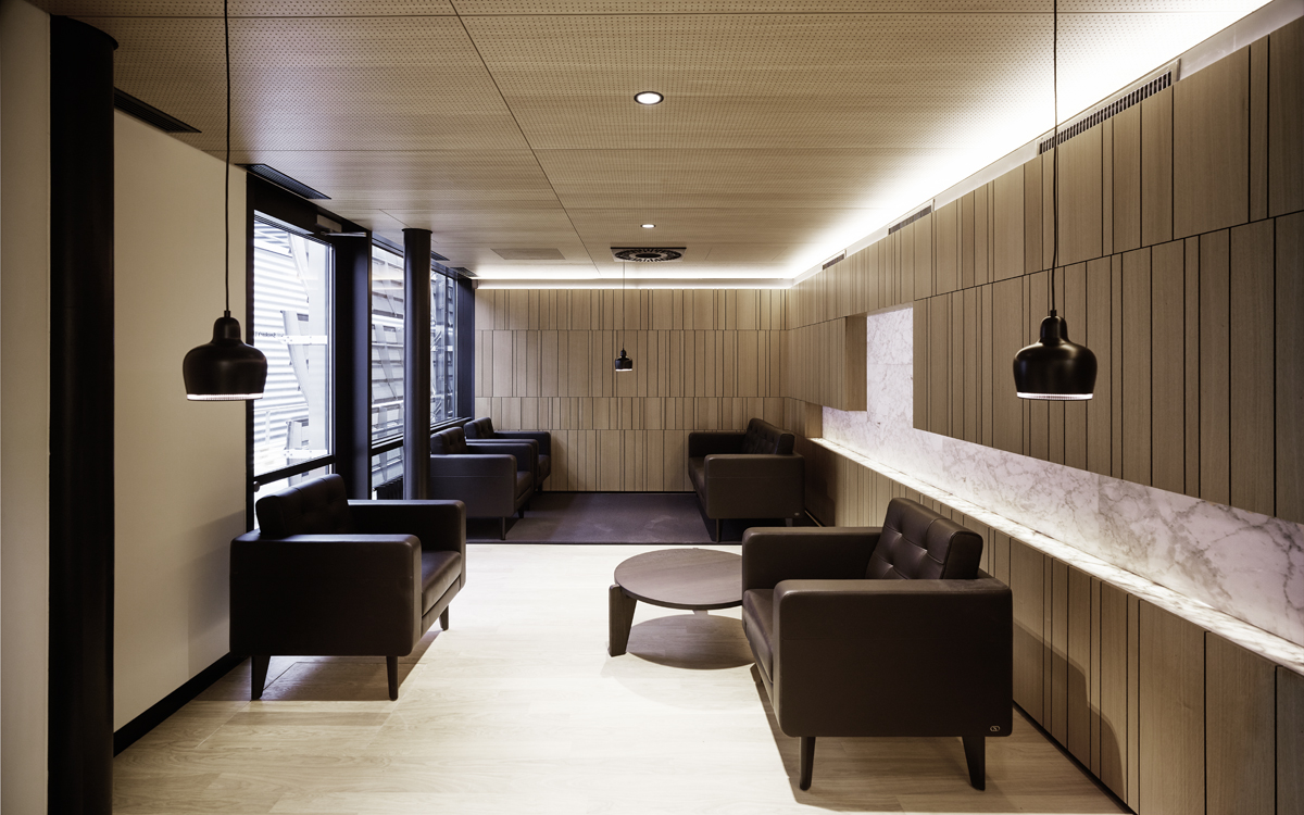 hochparterre design nur fliegen ist sch ner. Black Bedroom Furniture Sets. Home Design Ideas