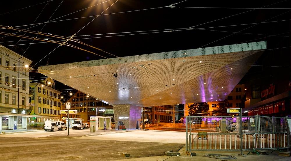 Hochparterre  Bildergalerien  Rettet die Bahnhofplätze!