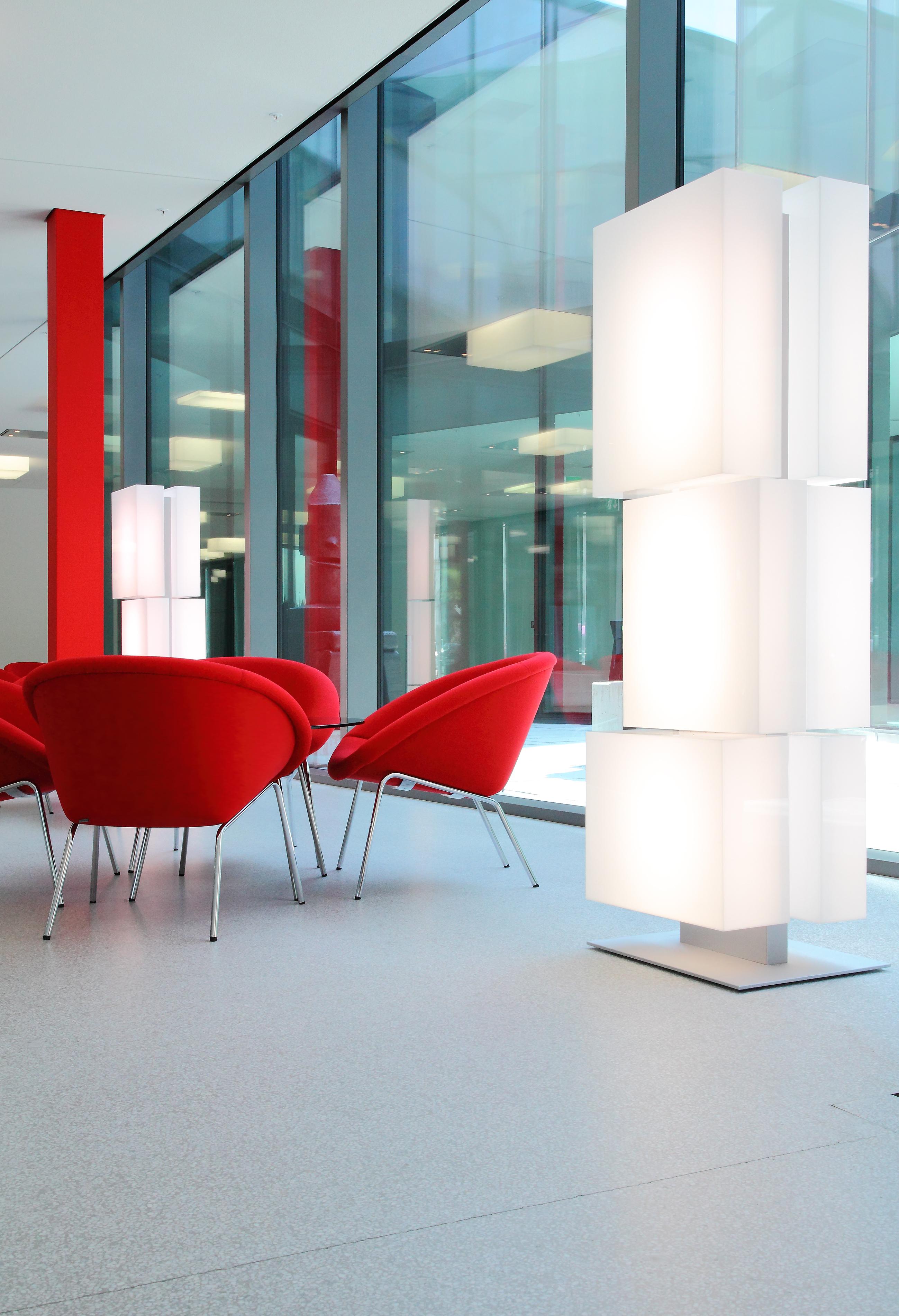 Hochparterre design lichtskulptur in rorschach - Wachter wachter architekten ...